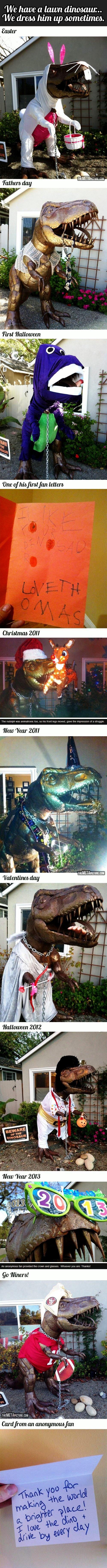 Lawn+Dinosaur_424097_4426844